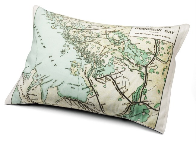 1-Helen Hawketts Georgian Bay cushion