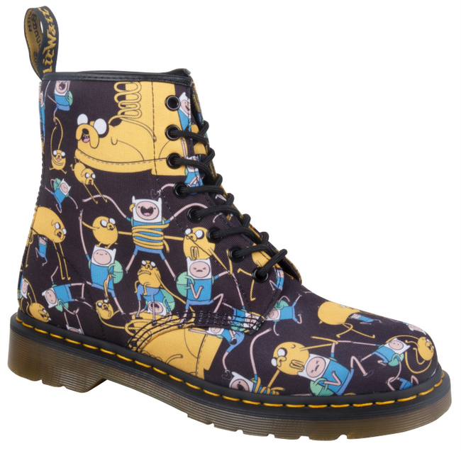 1-14318101_ADULTS_ADVENTURE TIME_CASTEL_8 EYE BOOT_MULTI CHARACTER T CANVAS